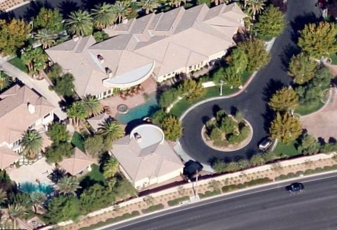 """Floyd Mayweather """"Big Boy Mansion"""" (Los Angeles)"""