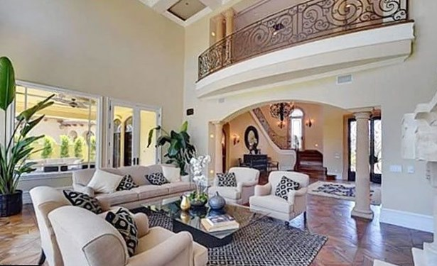 Kim Kardashian Net Worth house