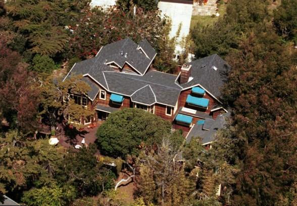 Gillian Anderson house i