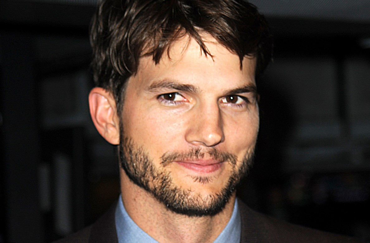 Ashton Kutcher net worth, salary, cars, houses Ashton Kutcher