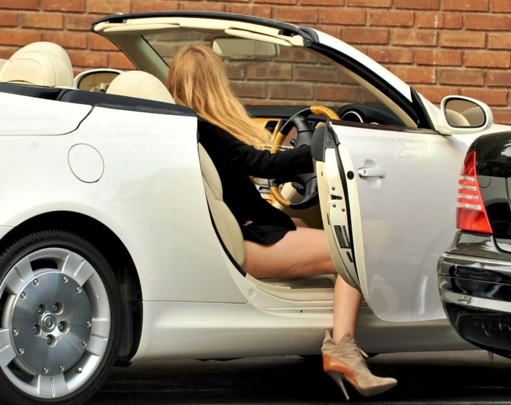 Blake Lively car