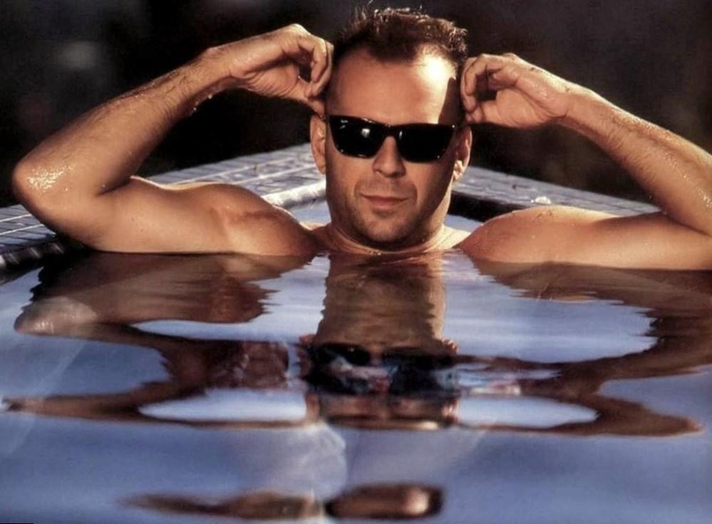Bruce Willis Net Worth, salary, houses, cars.