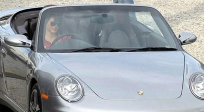 Rihanna car
