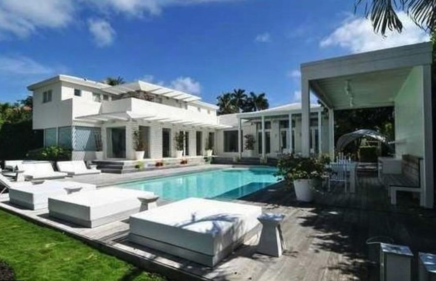 Shakira house